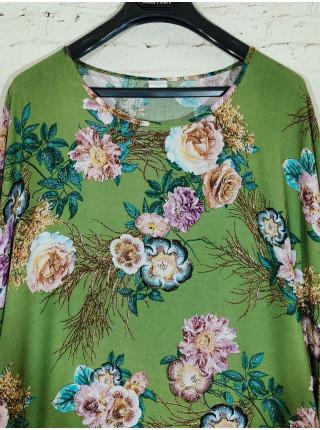 Зеленое прогулочное из штапеля с цветочным принтом