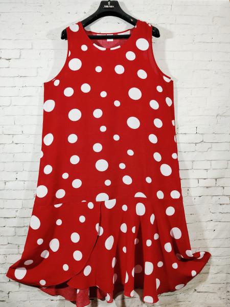 Женское штапельное платье с оборкой внизу красного цвета