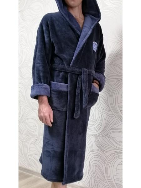 Мужской махровый халат на запах синего цвета