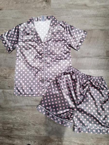 Женская пижама из атласа рубашка и шорты в горошек