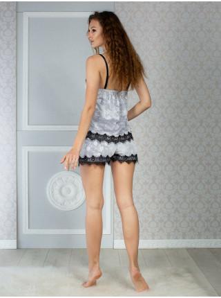 Женская велюровая пижама с выбитым рисунком